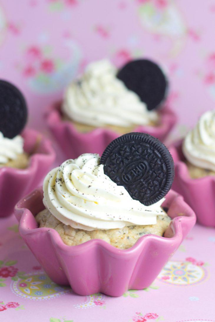 Oreo-Cupcakes mit weißer Schokolade