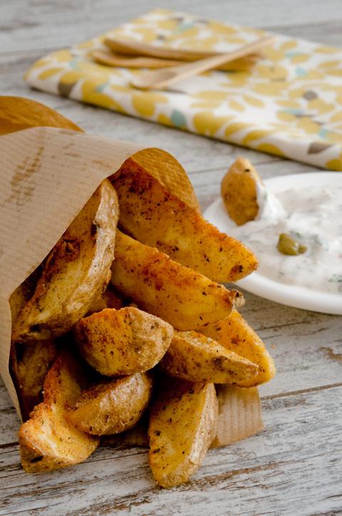 Kartoffelspalten mit Sauce Tartare selber machen