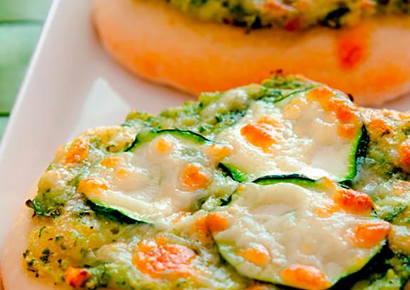 Vegetarische Mini-Pizzen